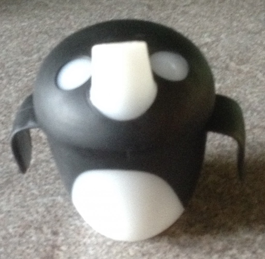 black and white penguin style haberman anywayup cup