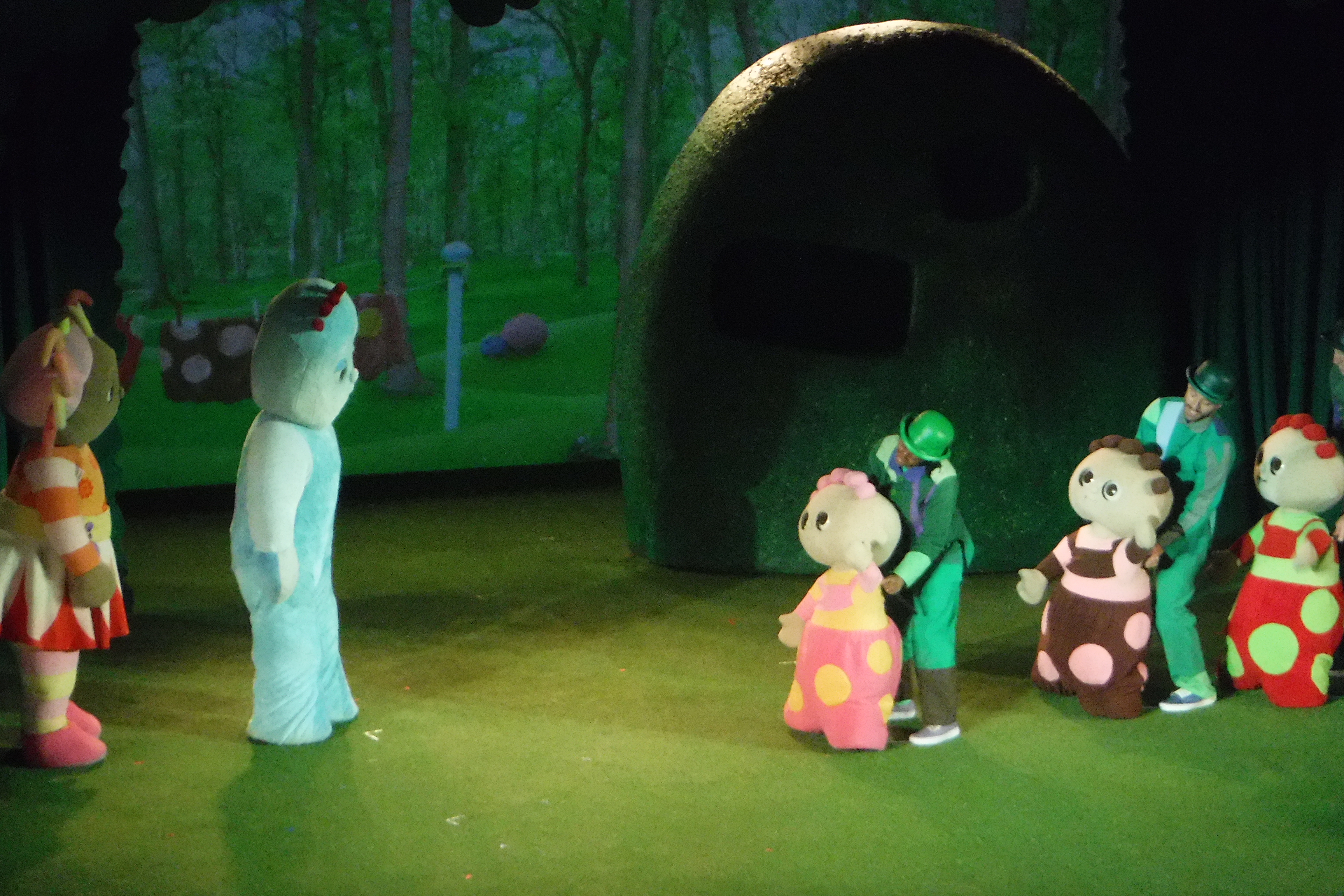 In the night garden live