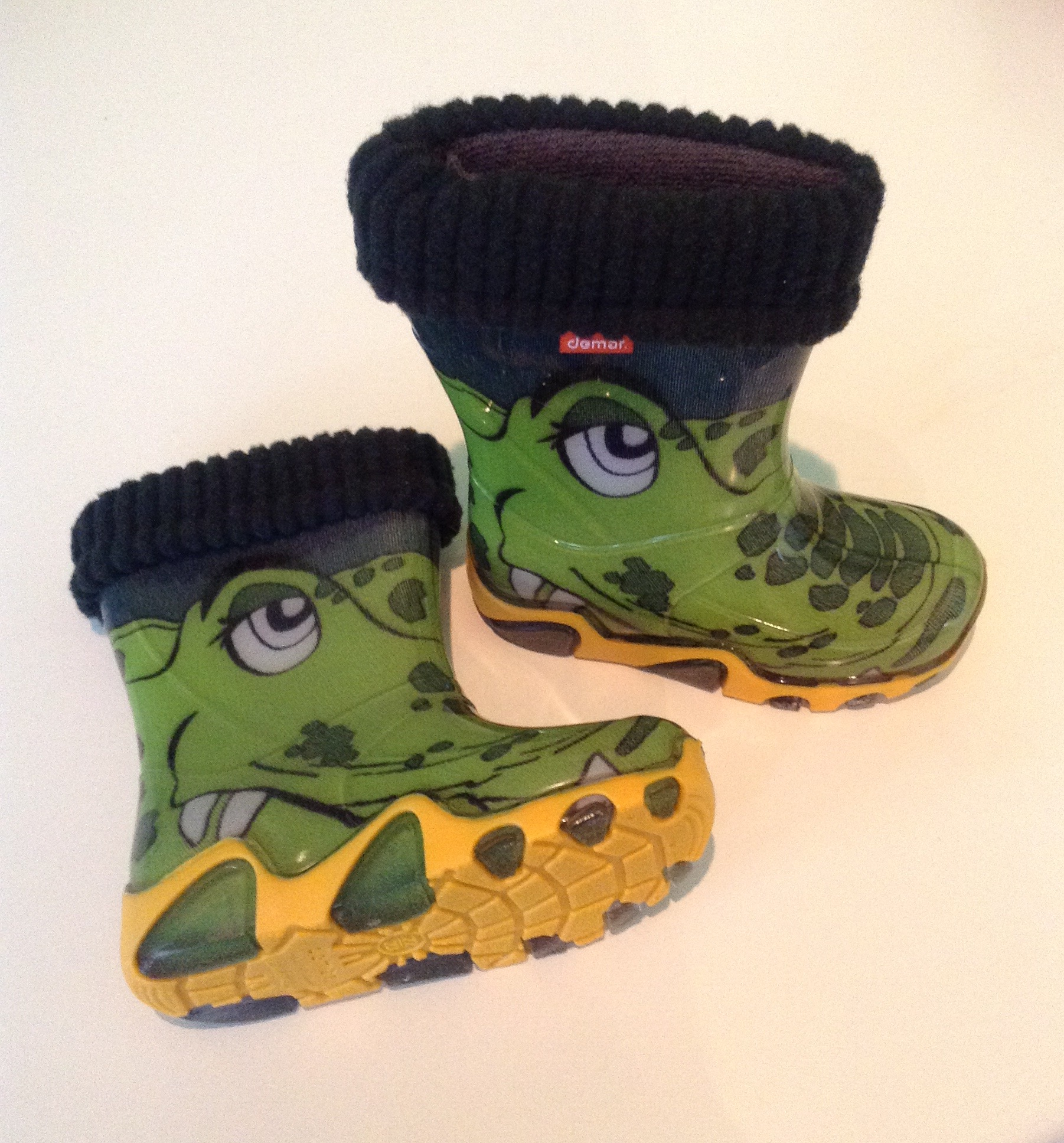 Shoes. Green and yellow crocodile toddler wellington boots