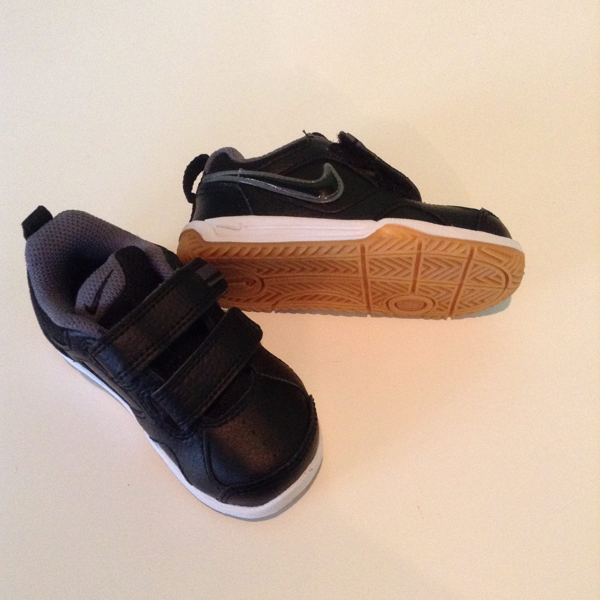 Shoes black nike toddler trainers