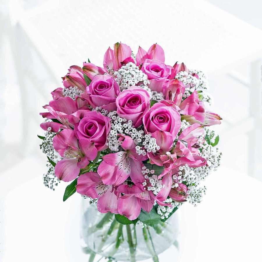 Last minute Mothers day gift ideas, flying flowers, pink flower boquet