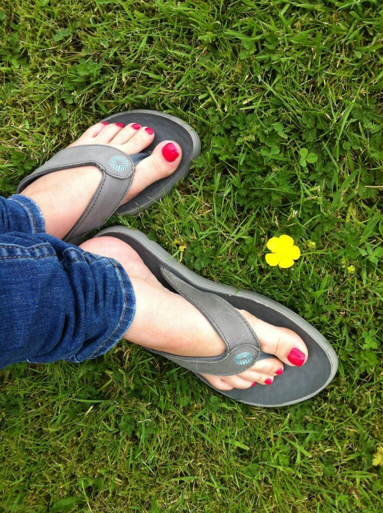 Bogs Hudson leather flip flops review