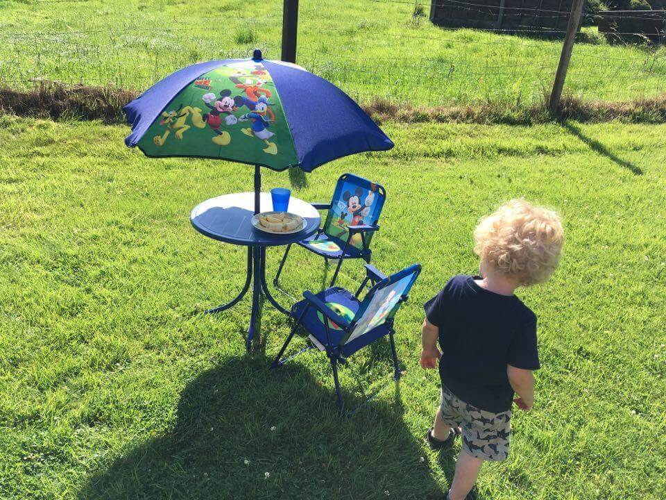 Garden fun Disney Mickey Mouse patio table set