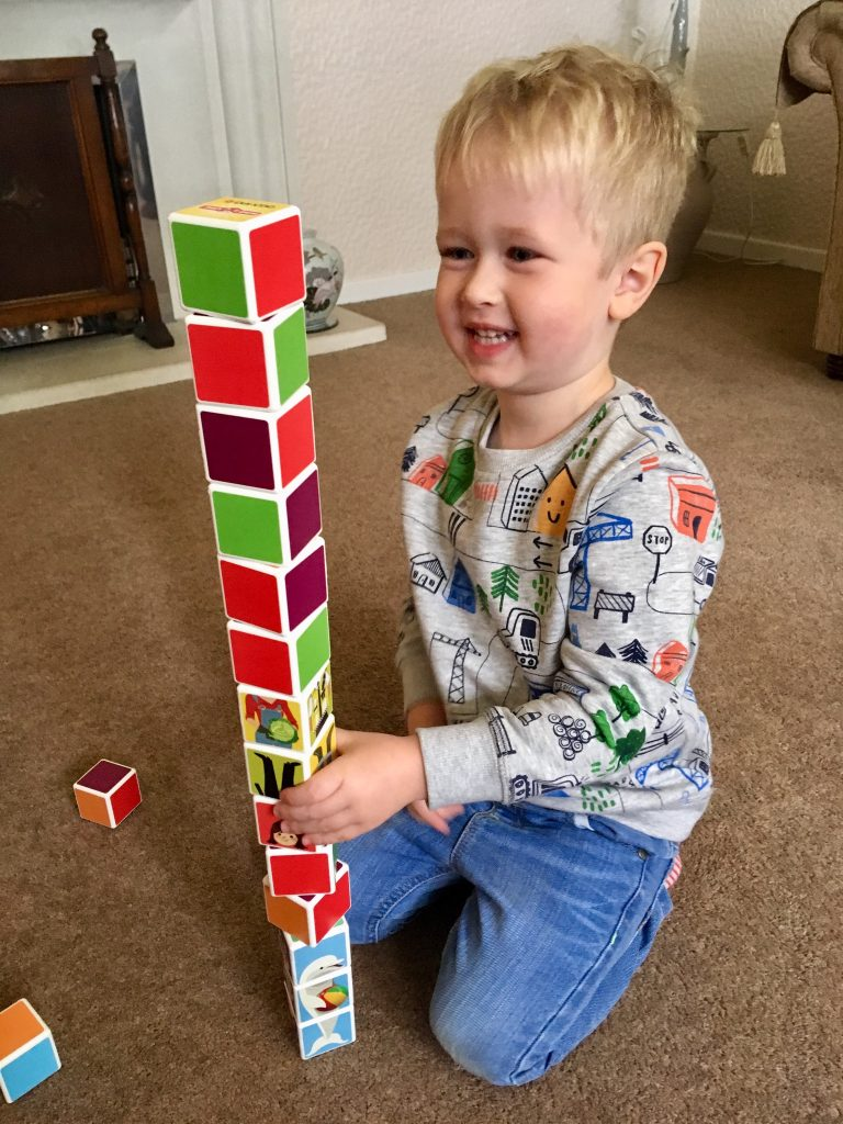 Geomag Magicube review. Lucas building a tower with the cubes