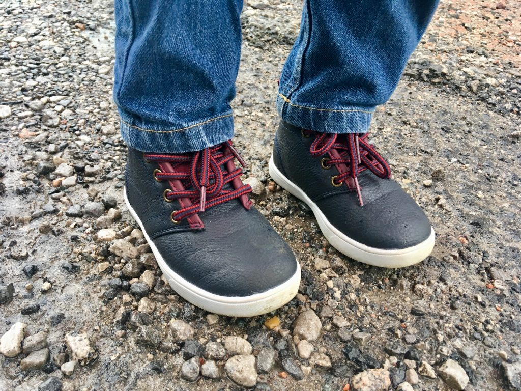 Soviet Union boots in navy with burgundy laces