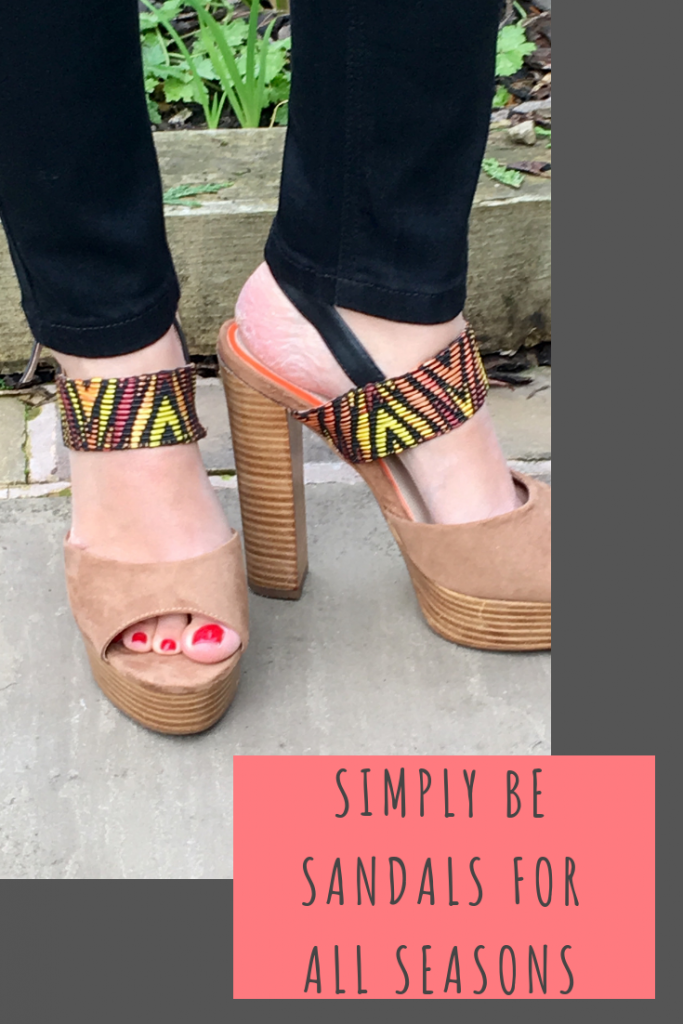 Stepping out in Simply Be sandals in the Indian Summer #fashion #footwear