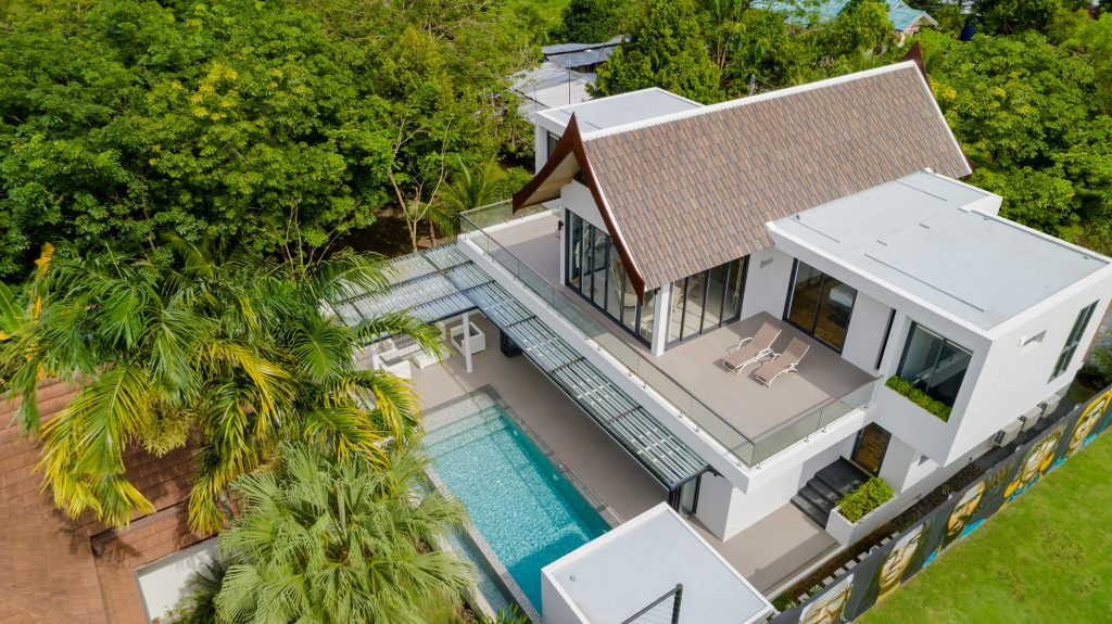 Visiting Phuket with children. A photo of villa Poloma from above