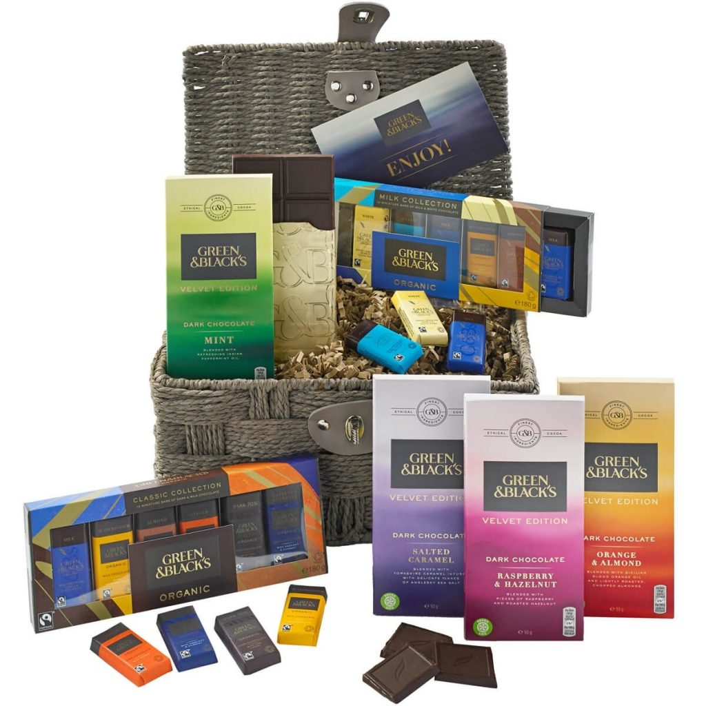 Mother's Day gift ideas grren and blacks hamper