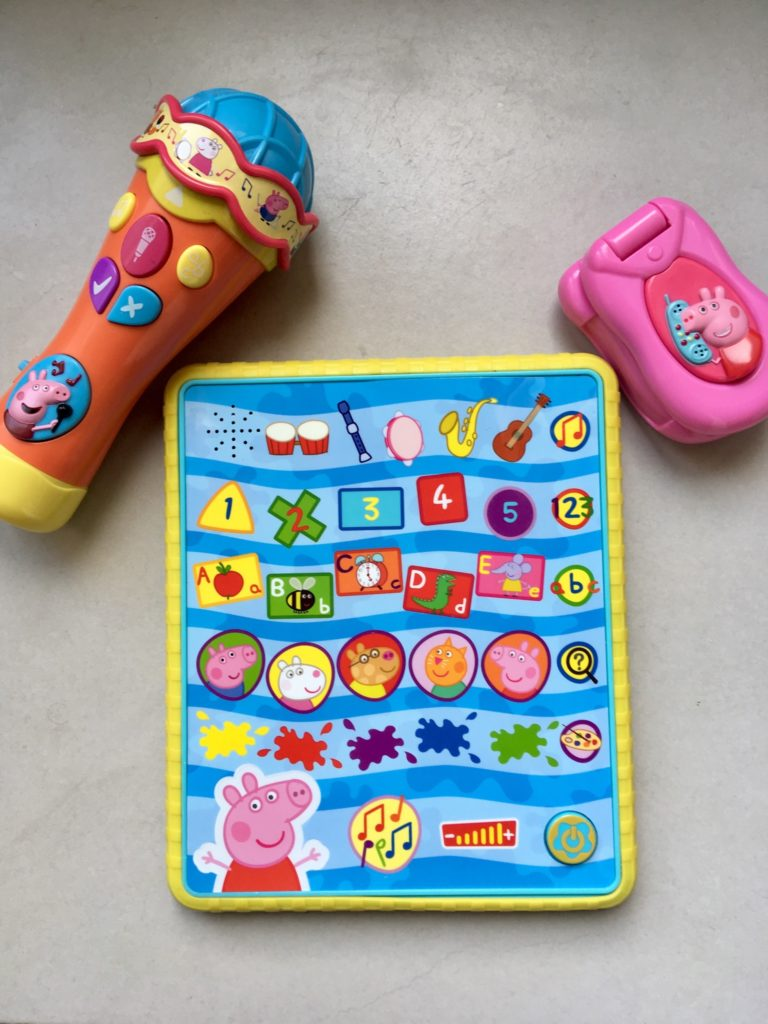 Peppa tablet, microphone and phone