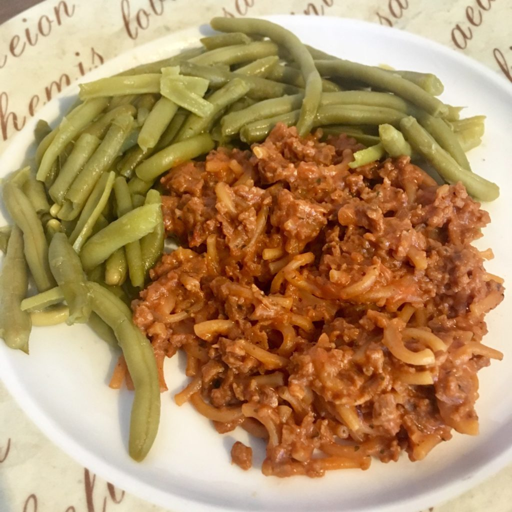 Slim and save meal with green beans