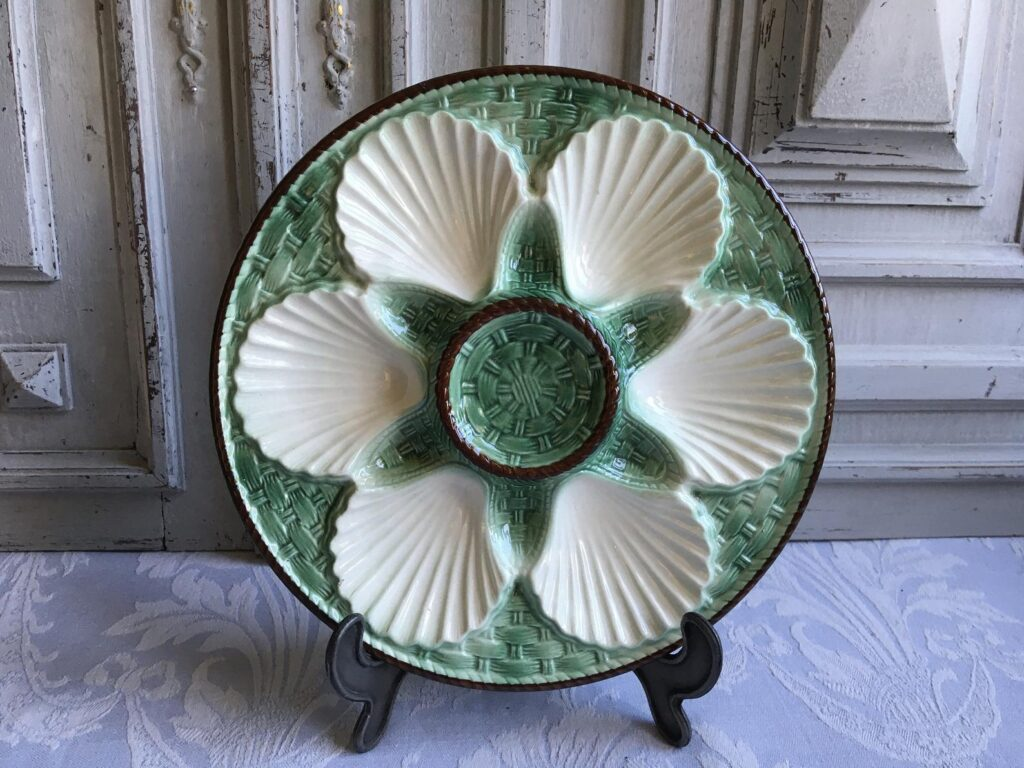 LONGCHAMP Oyster plate, French vintage green and white Seafood shell serving dish vintage 1970's, authentic antique country kitchen chic