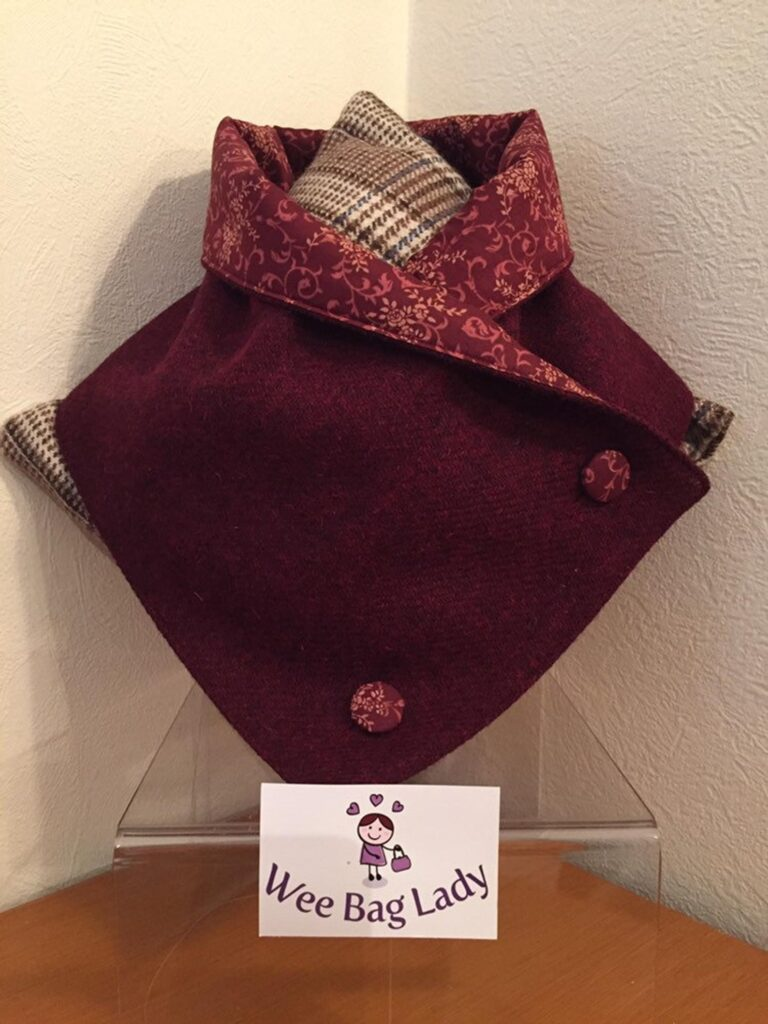 Harris Tweed buttoned Scarf