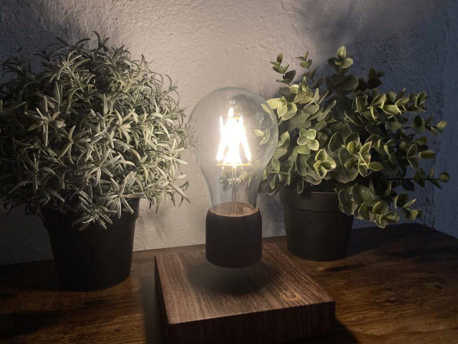 volta levitating light in the dark